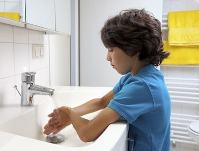 "Being ""too clean"" may raise your child's type 1 diabetes risks"